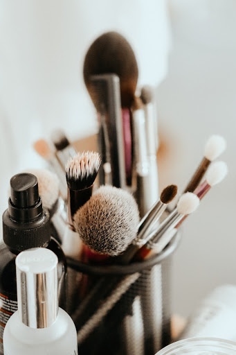 suitable makeup
